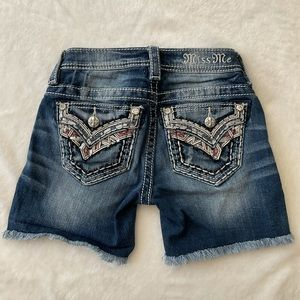 Girl's Miss Me Mid Short Jean Shorts Size 7